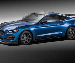 Ford-Mustang-Shelby-GT350R-
