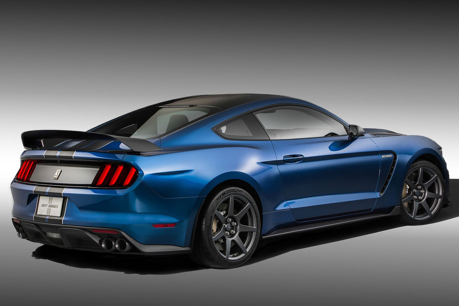 Ford Mustang Shelby GT350R 2015 (24)