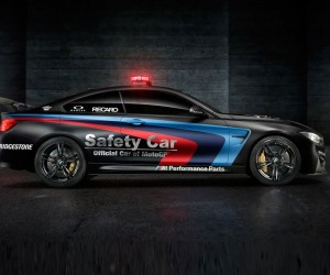 BMW-M4-Safety-Car-MotoGP-(1